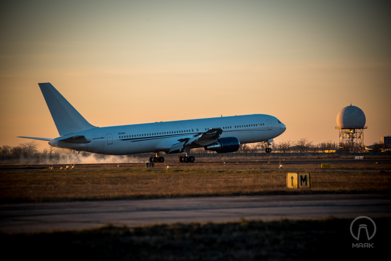 boeing-767-i-manchester-yunayted-3
