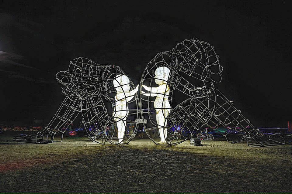 """Одесский художник, покоривший Burning Man: """"Это было самое большое лего в моей жизни"""""""