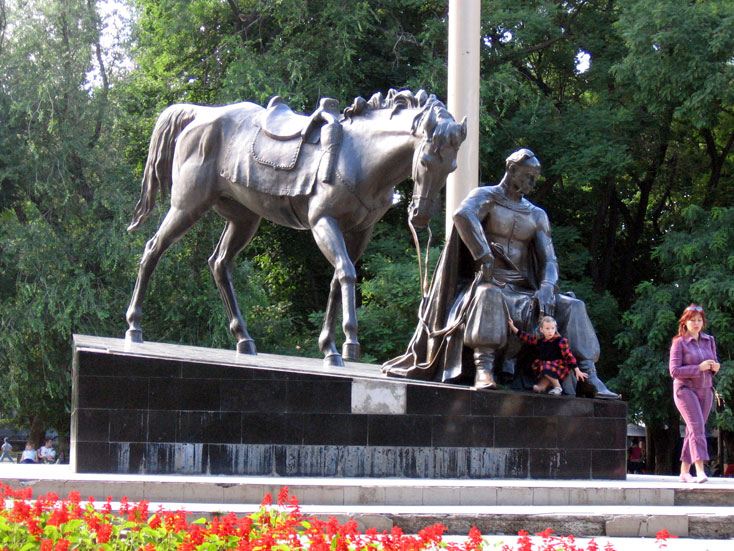 В сквере в центре Одессы рядом со спортплощадкой установят душевую