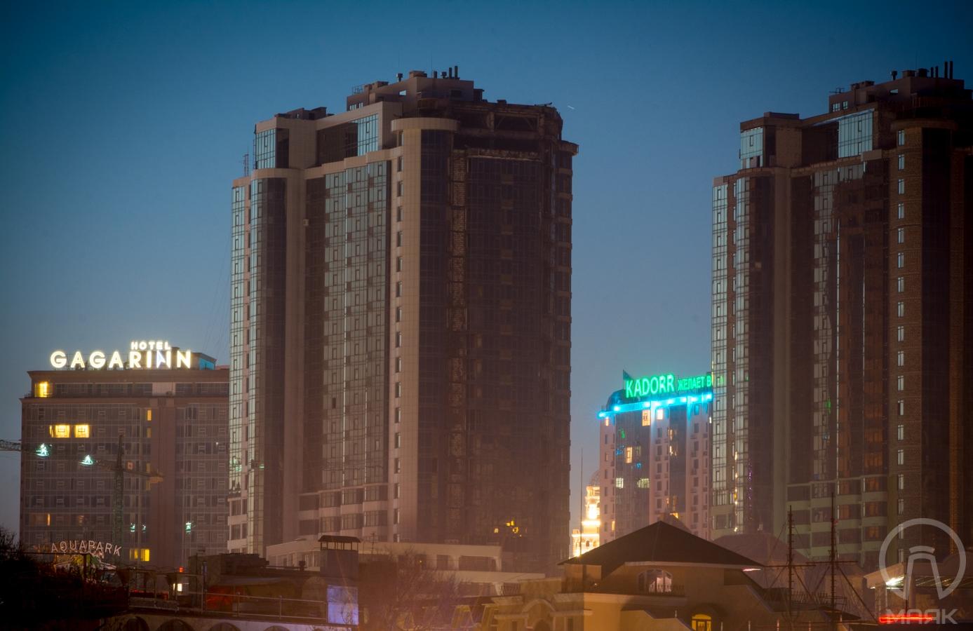 Одесские каменные джунгли — высотки в вечерней Аркадии (фоторепортаж)