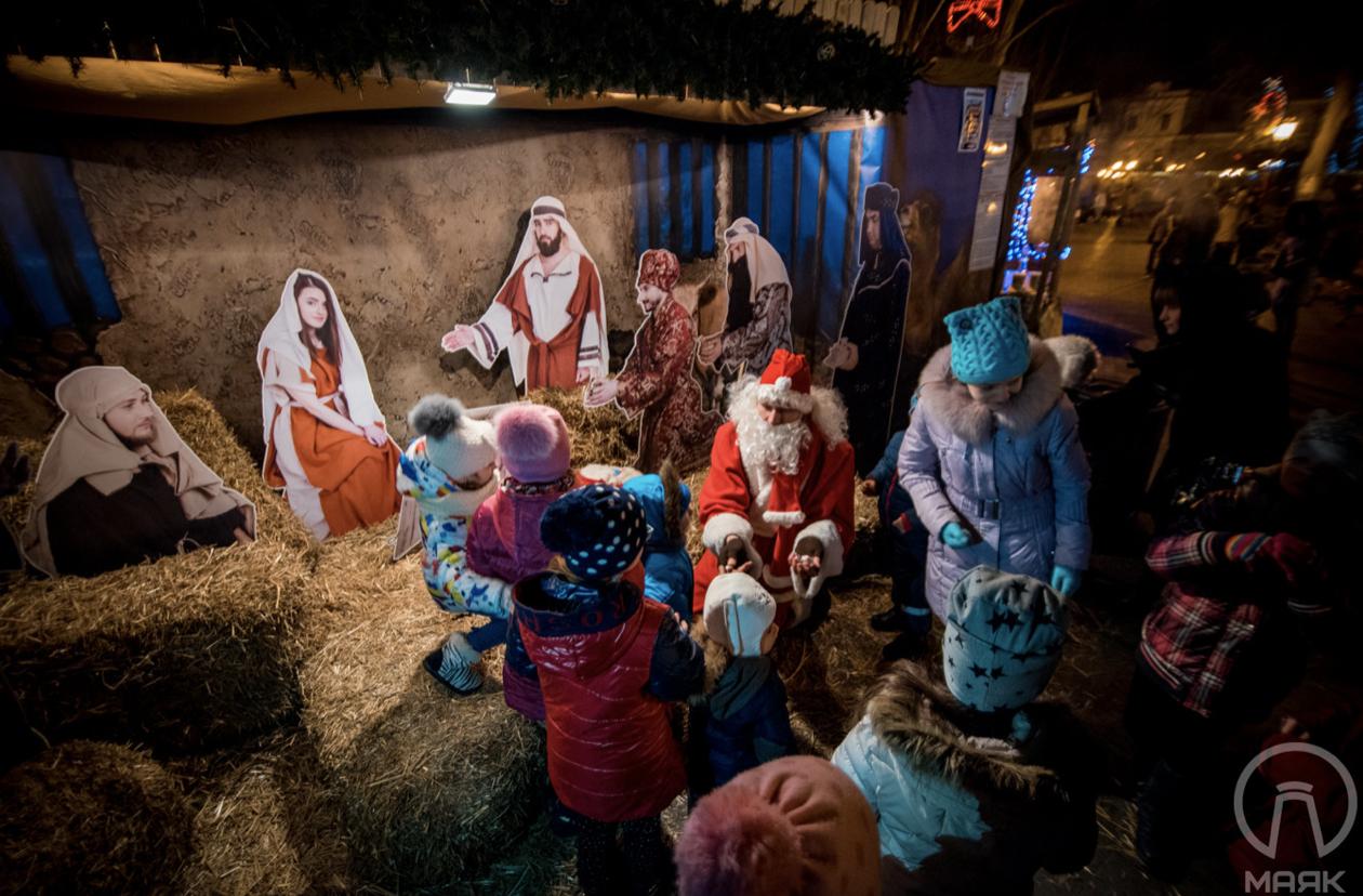 «Западное» Рождество в Украине сделали выходным днем