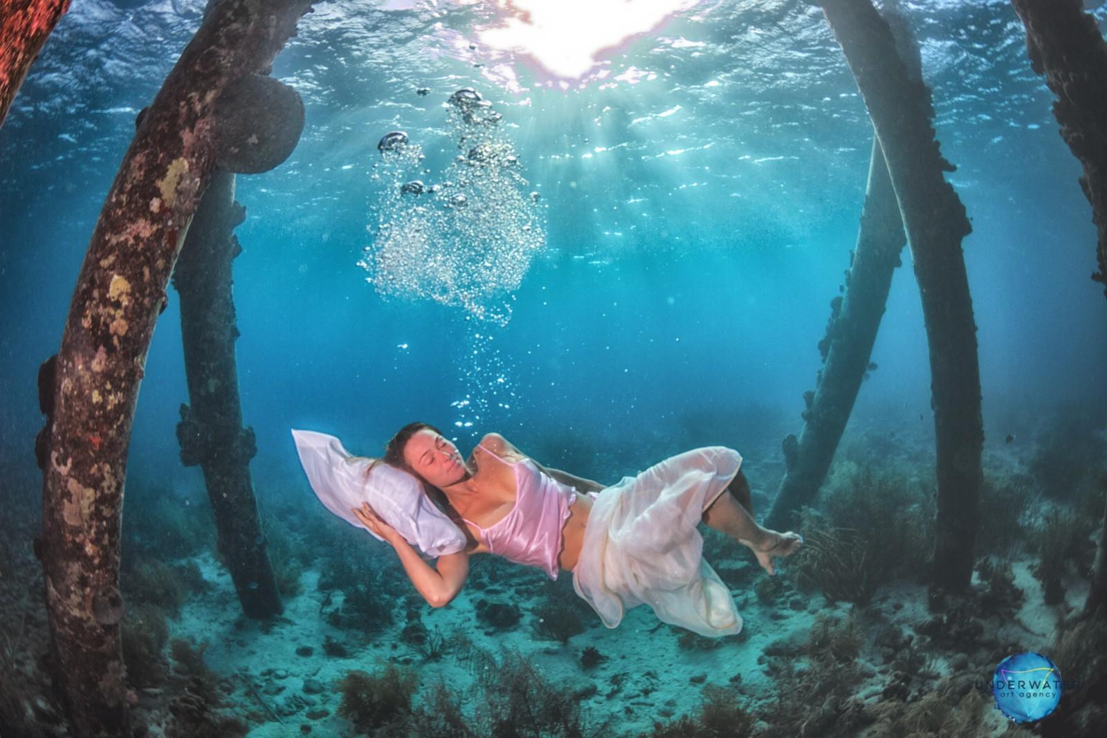 На одном дыхании. Агентство подводной съемки, созданное фридайверами