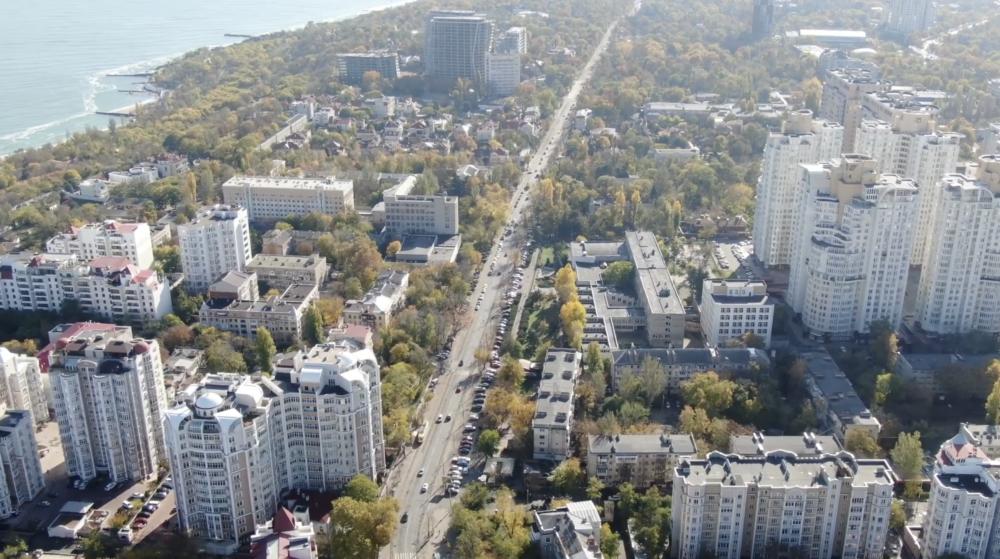 Скриншот видео Петра Обухова.