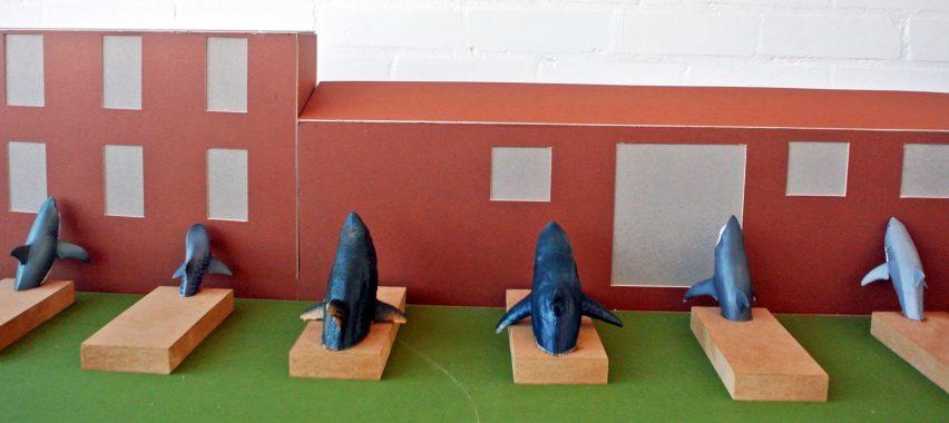 Альтернативный макет инсталляции Sharks!.