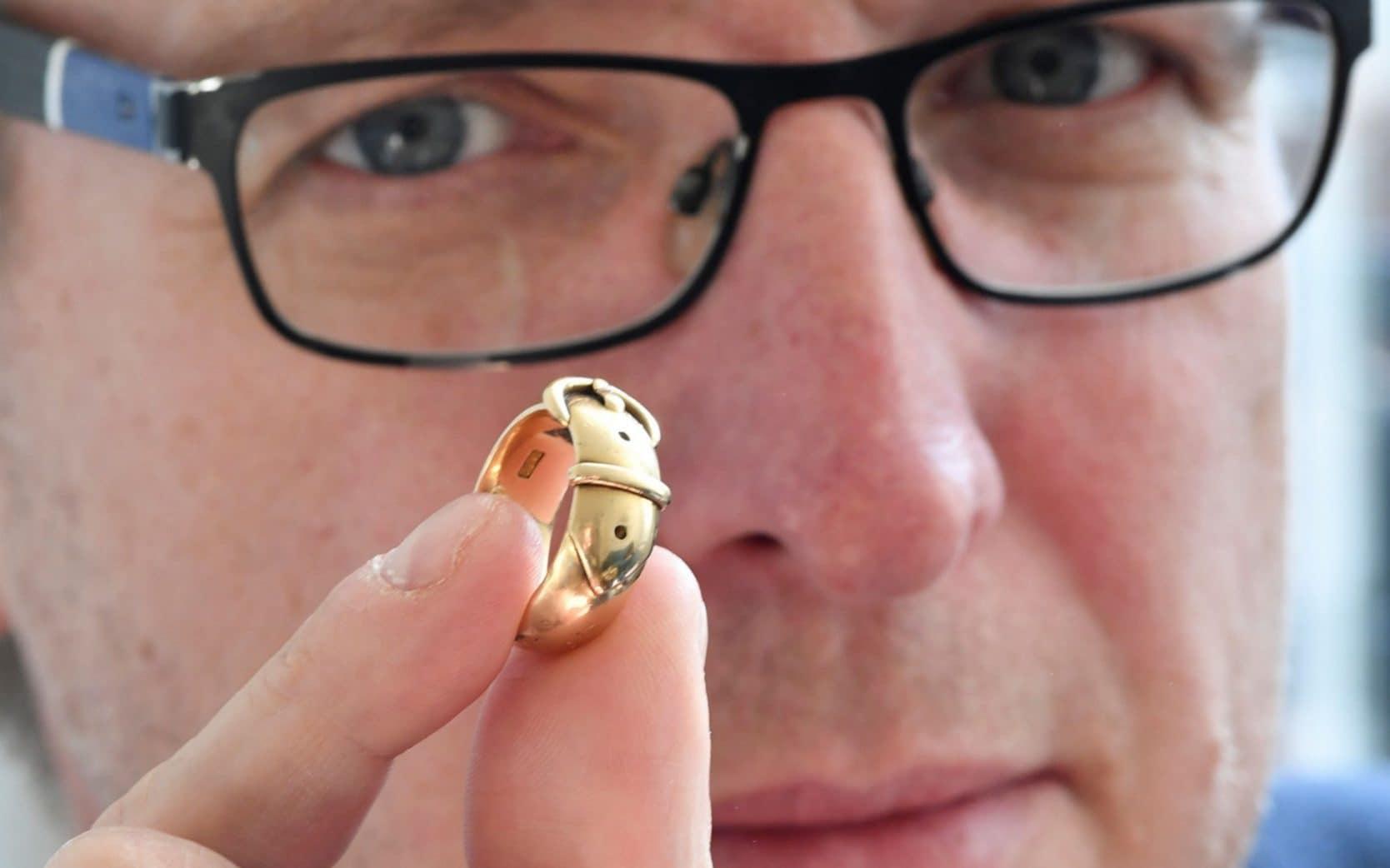 Кольцо Оскара Уайльда.