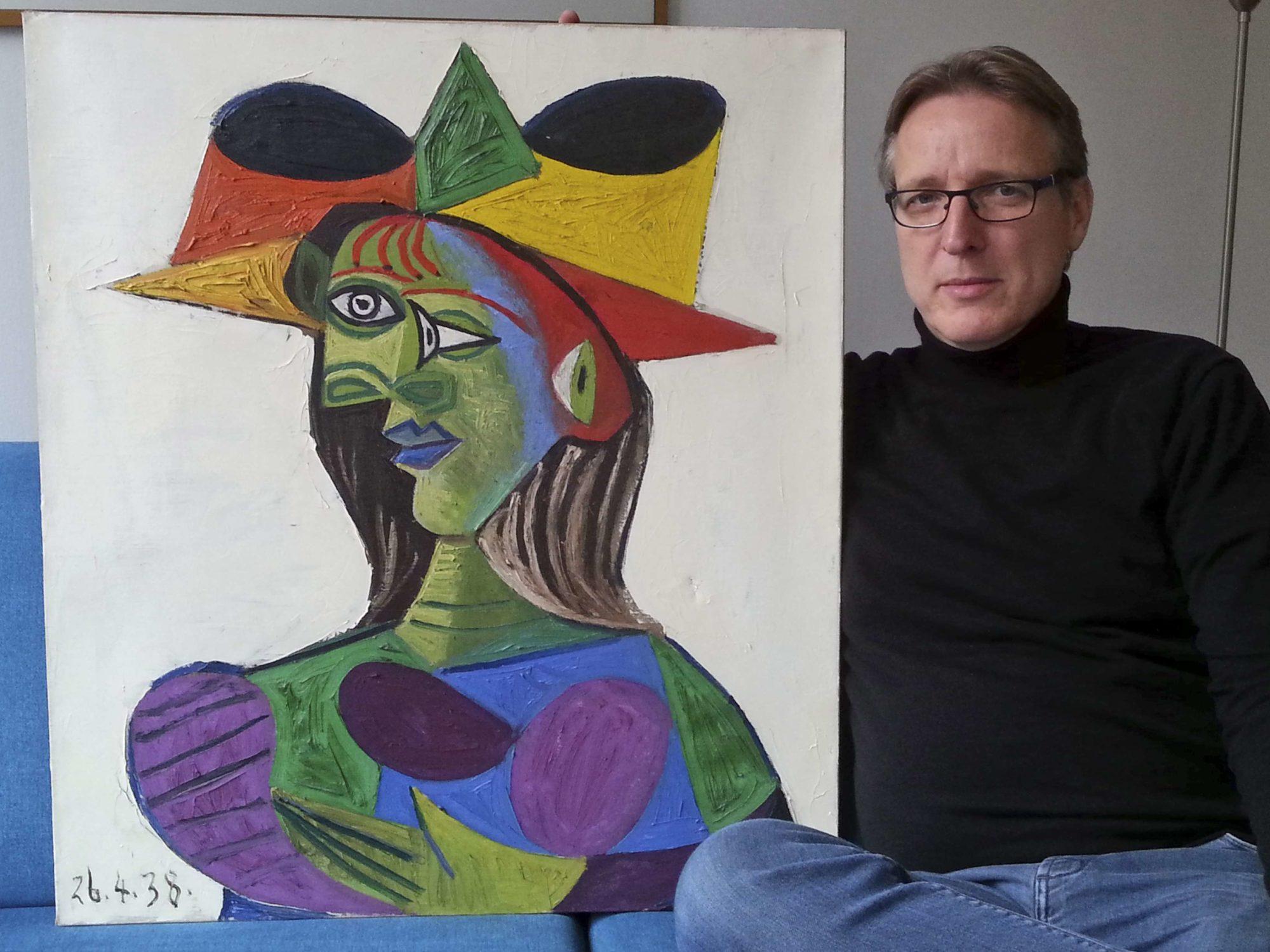 «Бюст женщины» Пабло Пикассо и Артур Бранд.
