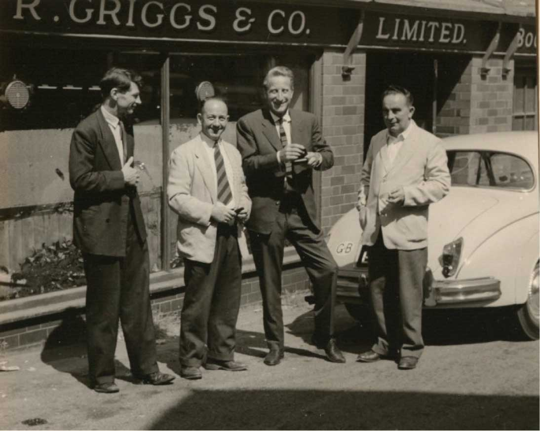 По центру (слева направо) Билл Григгс и Клаус Мертенс.