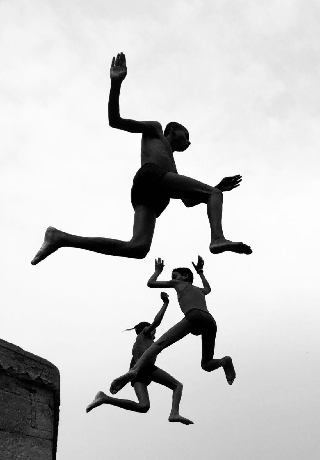 Второе место — «Летающие мальчики». Димпи Балотиа.