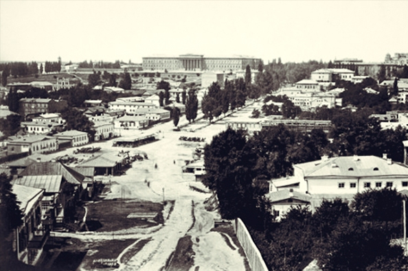 Место, на котором построят Бессарабский рынок. Пока здесь ничего нет. Снимок 1860 года.