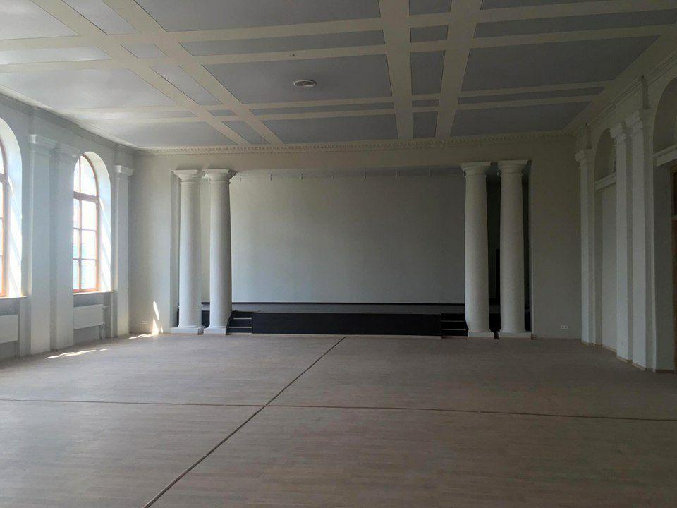 Так потолок выглядит сейчас.