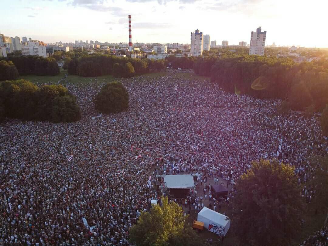 Митинг Тихановской с высоты птичьего полета. Фото — NN.BY