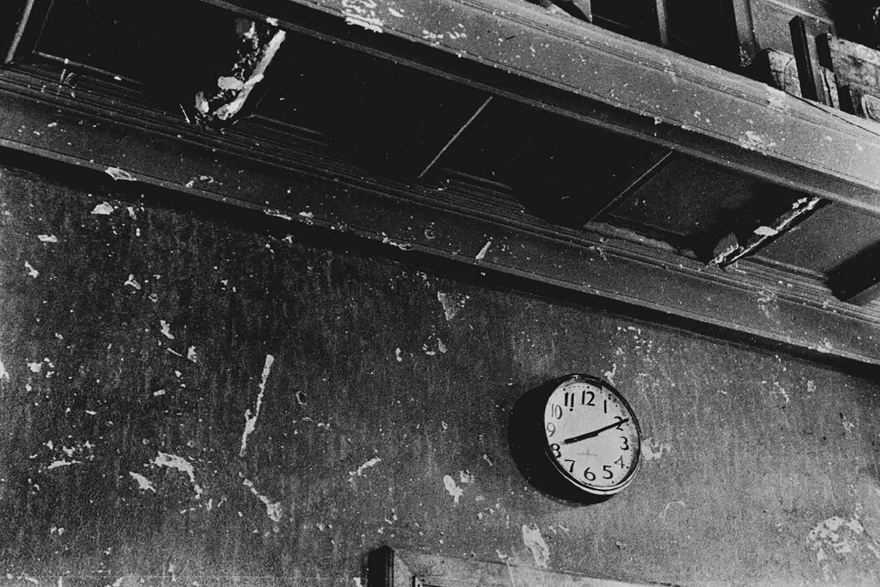 Часы в Хиросиме остановились в 8:10. Это предположительное время детонации «Малыша».