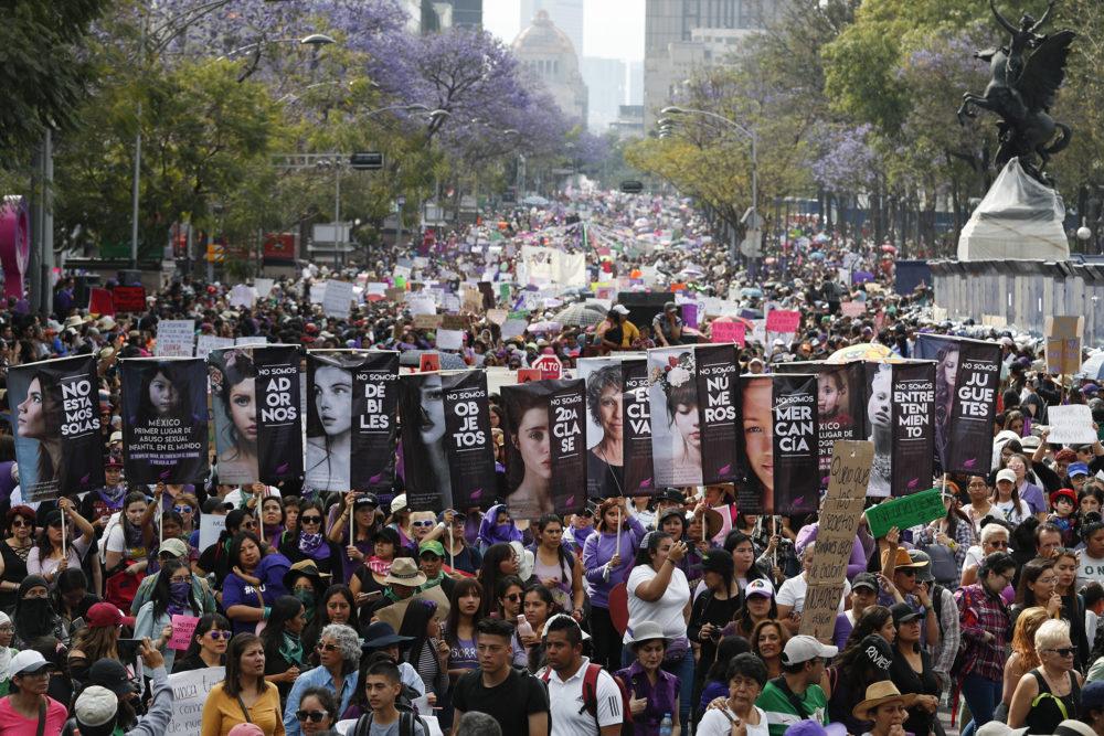 Международный женский день в Мехико. Фото — Global Citizen.