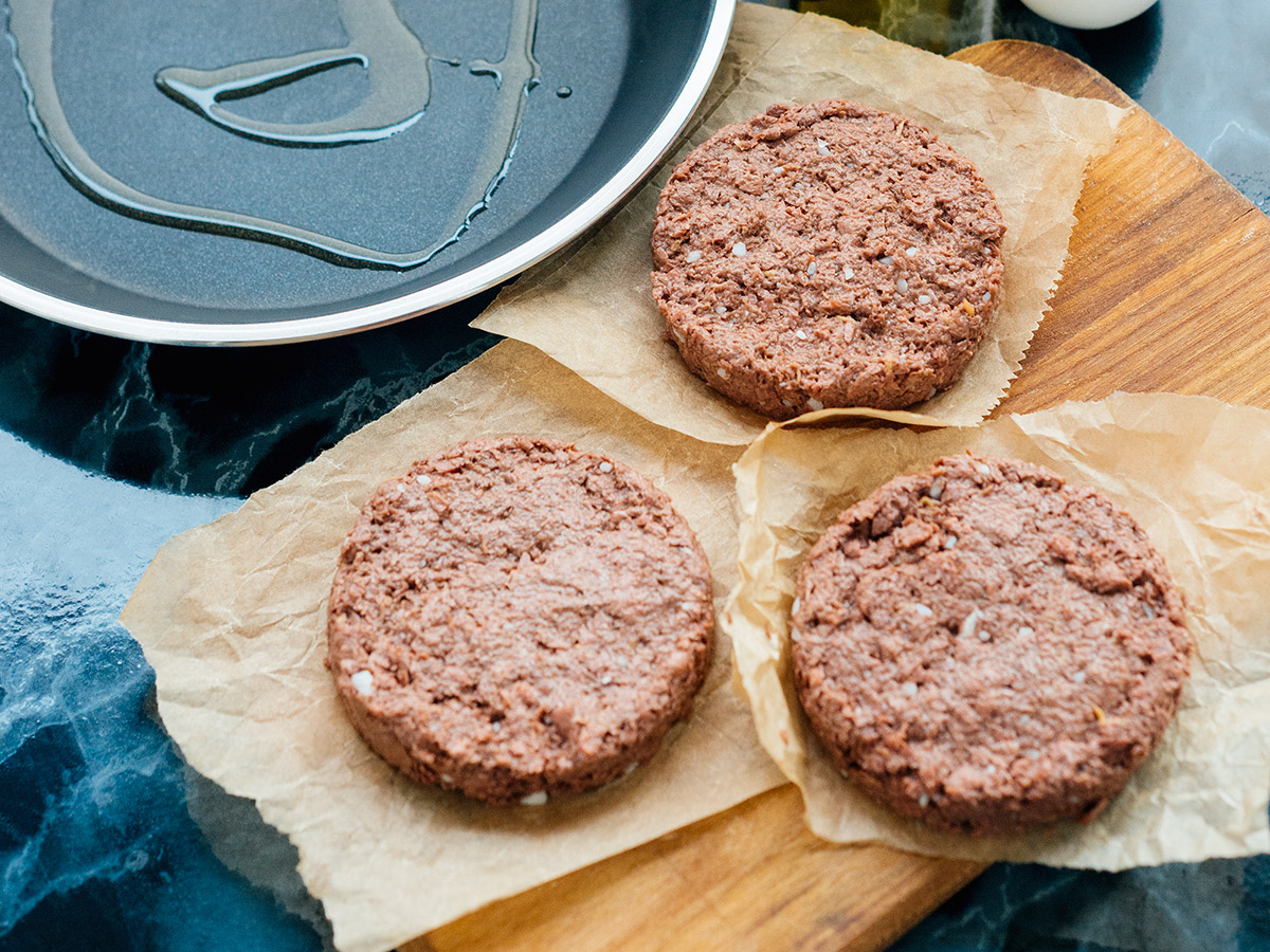 Украинский стартап запустил в продажу фарш из растительного мяса. Это первый подобный местный продукт