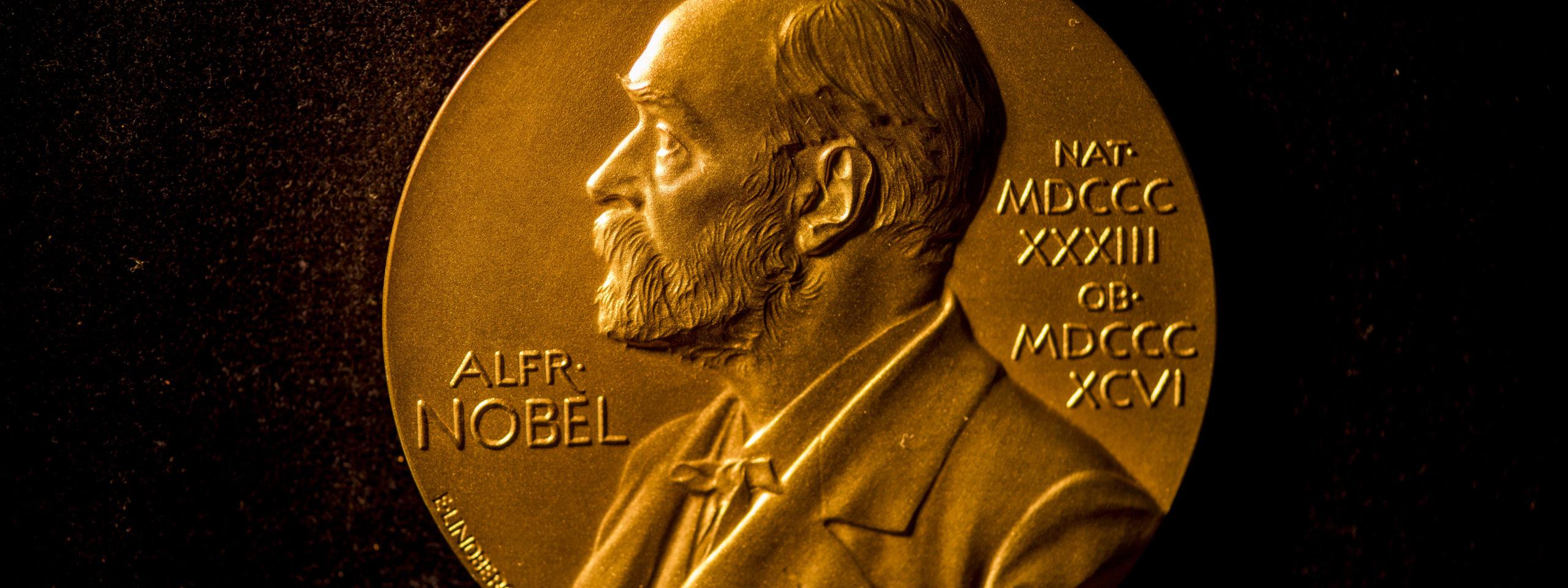 Нобелевский комитет объявил всех лауреатов-2020. Рассказываем, кто и за что получил больше миллиона долларов