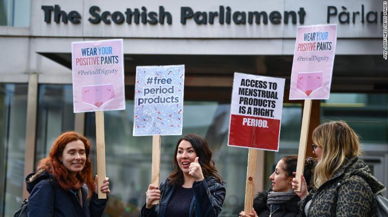 Шотландия стала первой страной в мире, сделавшей прокладки и тампоны бесплатными