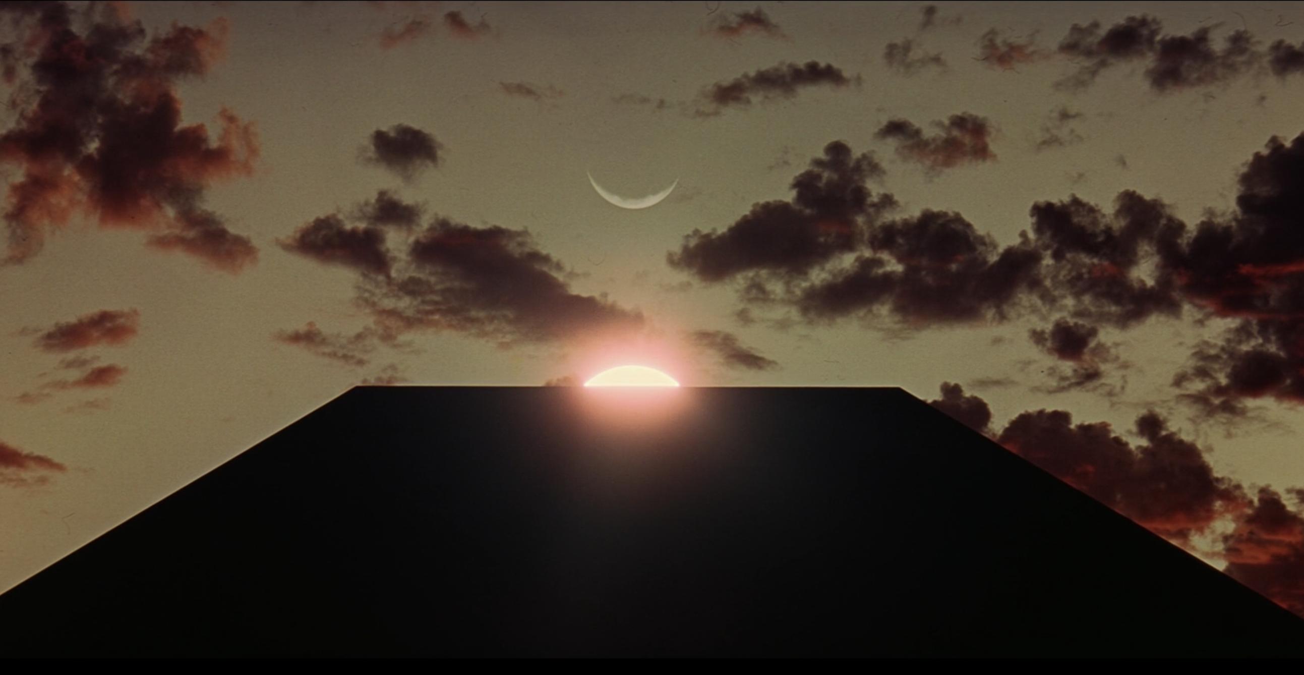 В Юте нашли обелиск, похожий на монолит из «Космической одиссеи 2001 года». Никто не знает, откуда он взялся