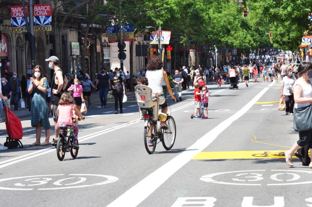 Власти Барселоны закроют центральный район для автомобилей