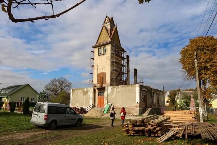 Во Львовской области в ратуше начала XX века откроется хостел