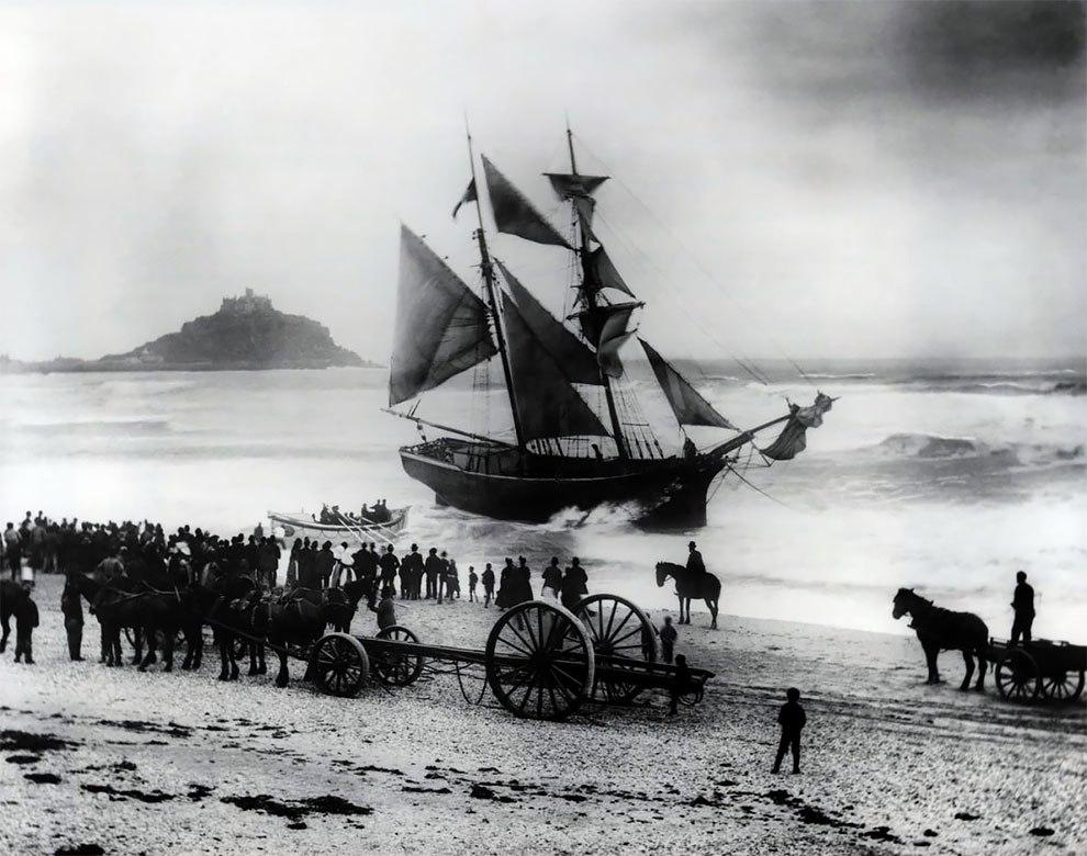 125 лет трагедий. Четыре поколения семьи делали фото кораблекрушений у берега Англии