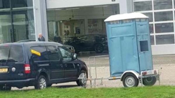В Нидерландах появились биотуалеты, которые ловят автонарушителей