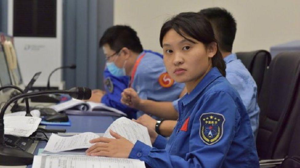 Ее называют Старшая Сестра. Что известно о женщине-капитане, которая стоит за высадкой Китая на Луну