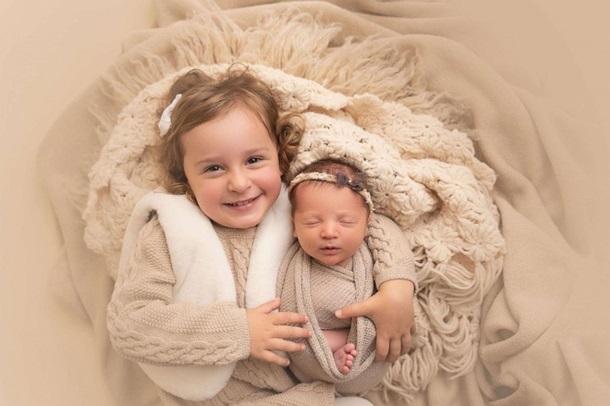 Сестры Эмма Рен и Молли Гибсон. Фото — Good Morning America.