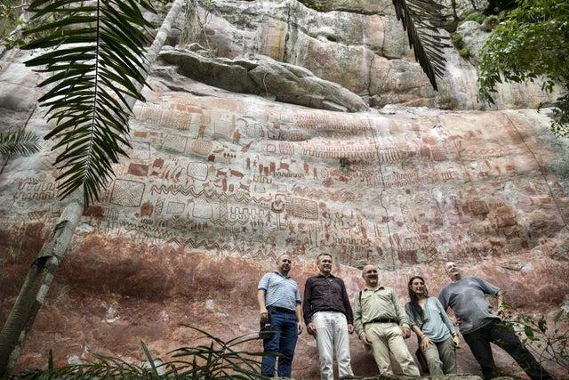 Археологи нашли в джунглях Амазонки «сикстинскую капеллу» доисторических времен