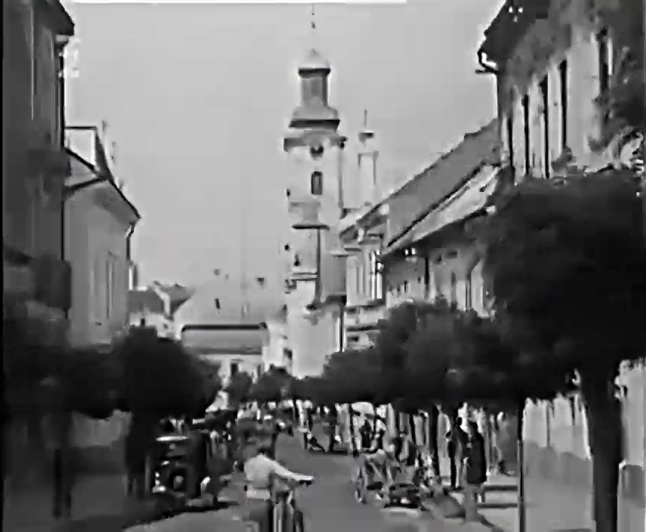 Центр Ужгорода. Кадр видео 1930 года.