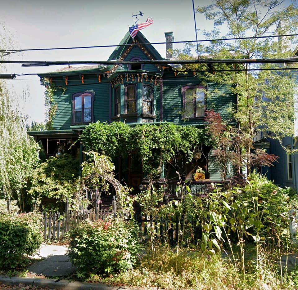 Дом до пожара. Фото –City of Poughkeepsie Historic District & Landmarks Preservation Commission.
