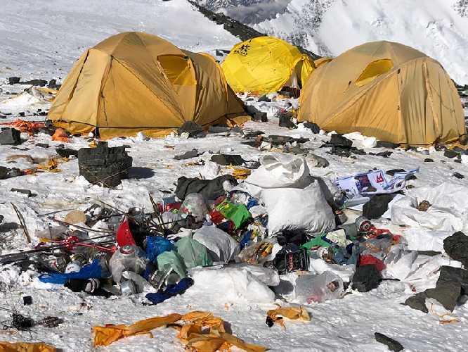 Непал превратит туристический мусор с Эвереста в арт-инсталляцию