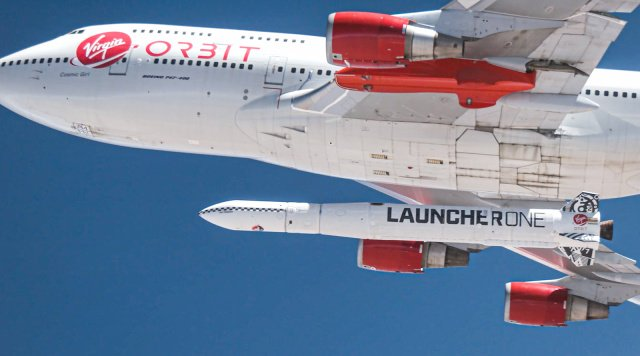 Космодром теперь не нужен. Virgin Orbit впервые запустила на орбиту спутник с самолета