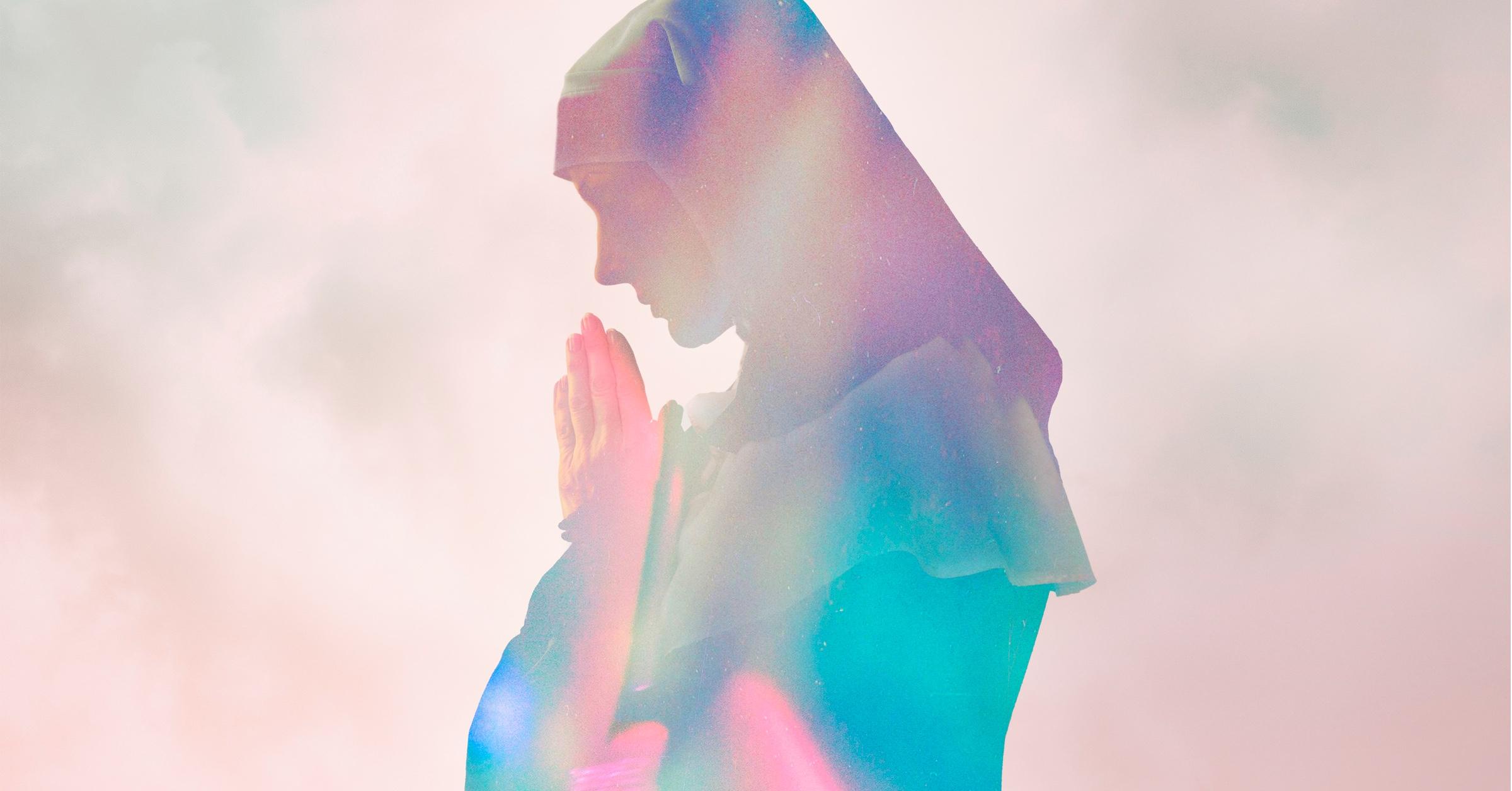 Папа римский разрешил женщинам читать литургии и служить при алтаре