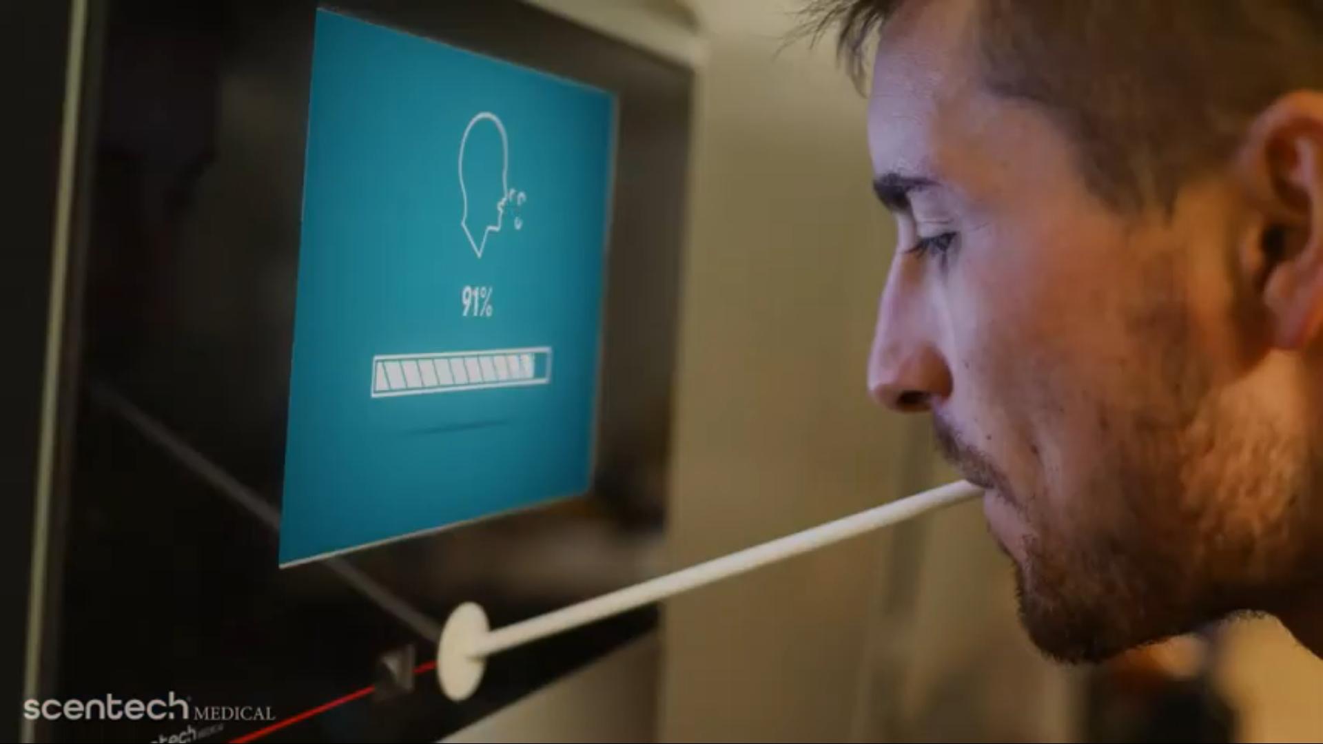 Нужно дыхнуть в трубочку. Израильские ученые разработали высокоточный тест на COVID-19