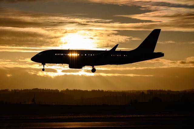 United Airlines сэкономила $290 000, уменьшив вес бортовых журналов