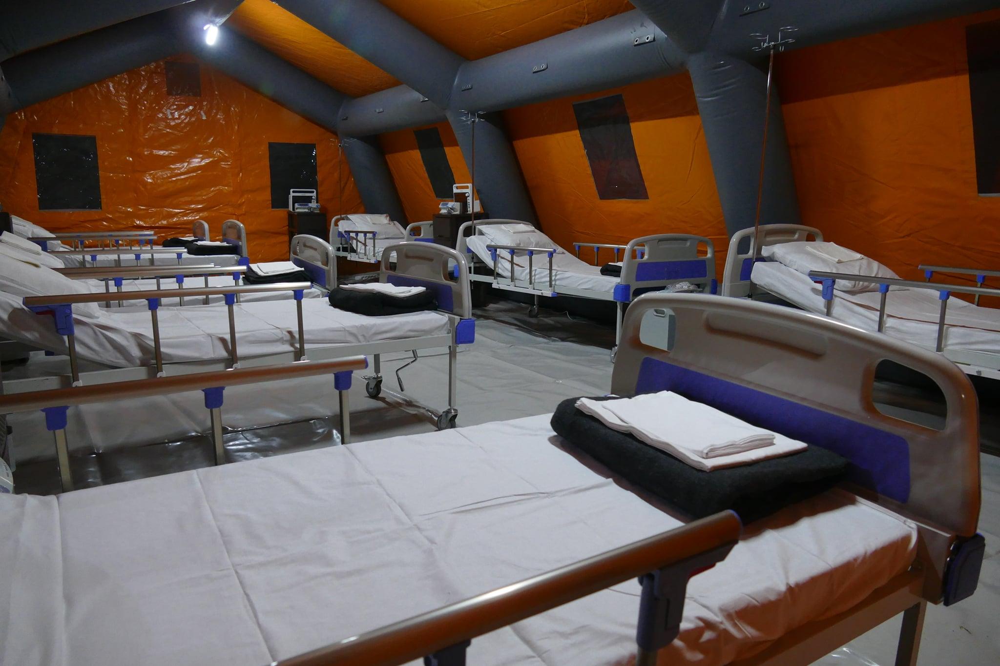 Снимок дня. Как выглядит изнутри мобильный госпиталь для COVID-пациентов в Ивано-Франковске
