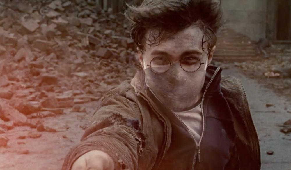 Видео дня. Гарри Поттер, Чудо-женщина и Джокер призывают носить маски