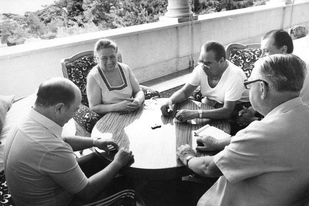 Леонид Брежнев на отдыхе в Крыму, 1981. Фото — Фонд Государственного архива РФ.