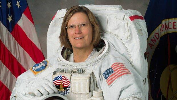 Кэтрин Салливан, американская астронавтка. Первая женщина в мире, которая побывала и в космосе, и в Марианской впадине.