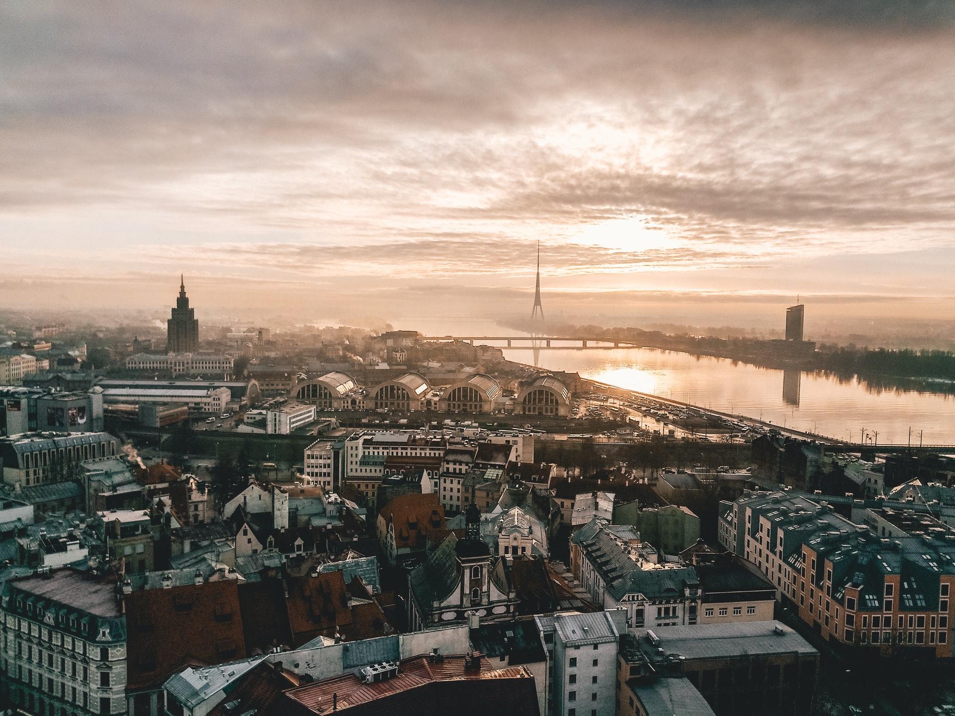 Авиакомпания airBaltic возобновляет рейсы из Украины