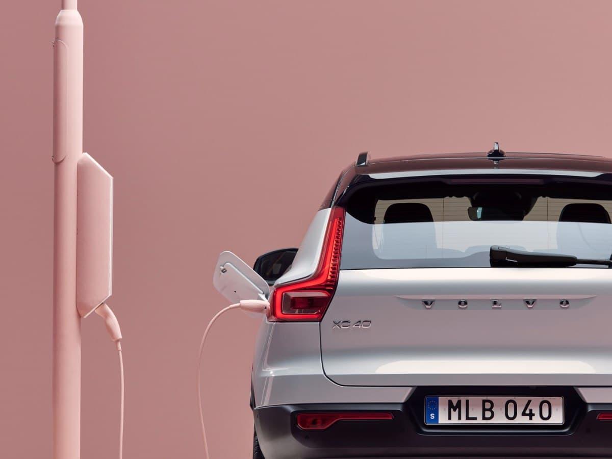 Volvo планирует полностью перейти на электрокары к 2030 году