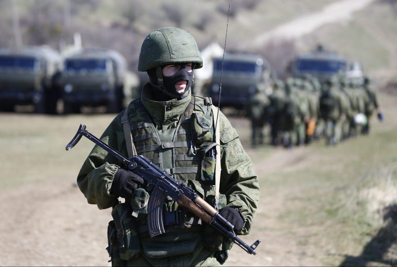 Минобороны РФ заявило, что отводит войска от украинской границы