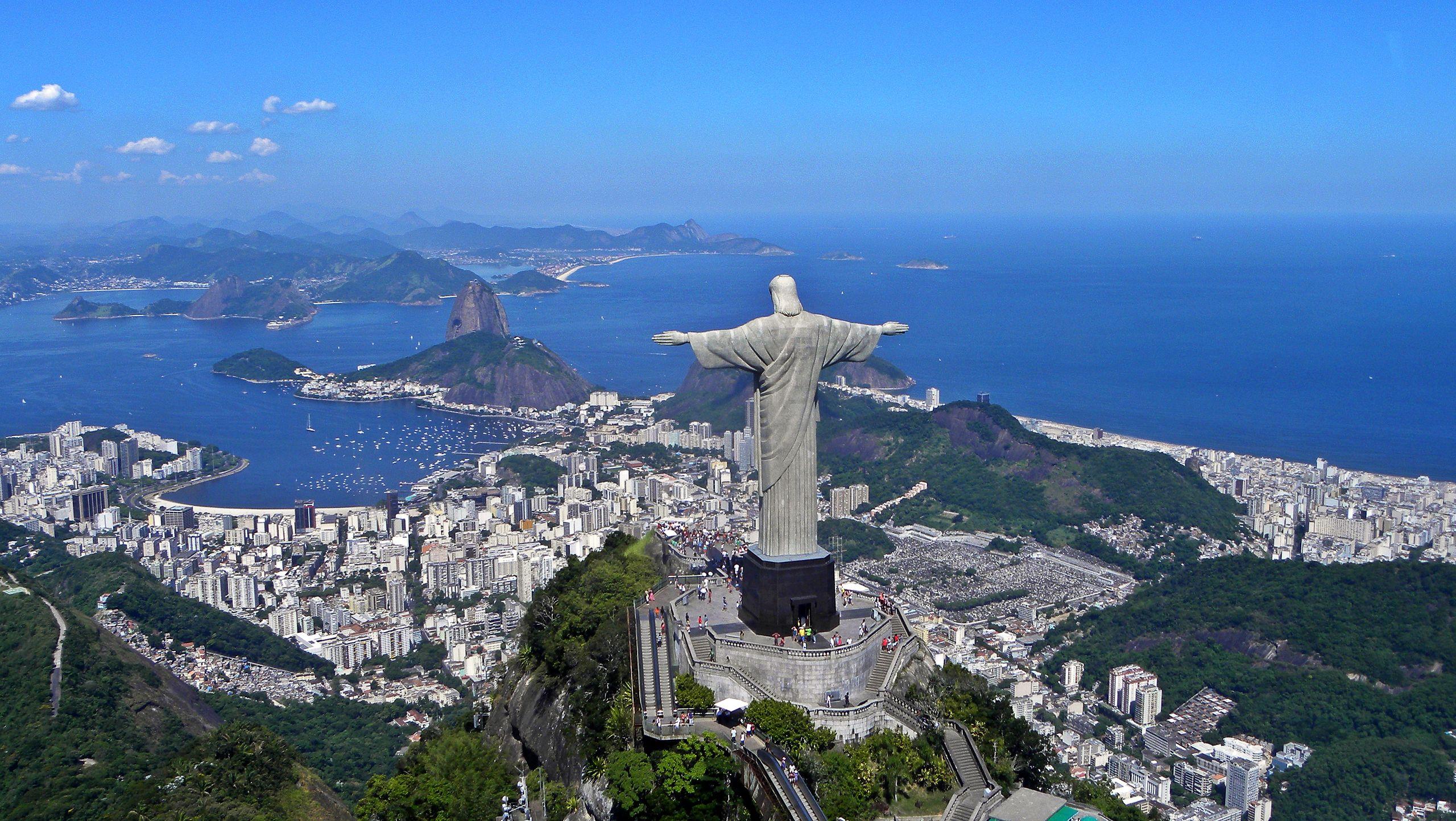 Статуя Христа-Искупителя в Рио. Фото – Wikipedia.