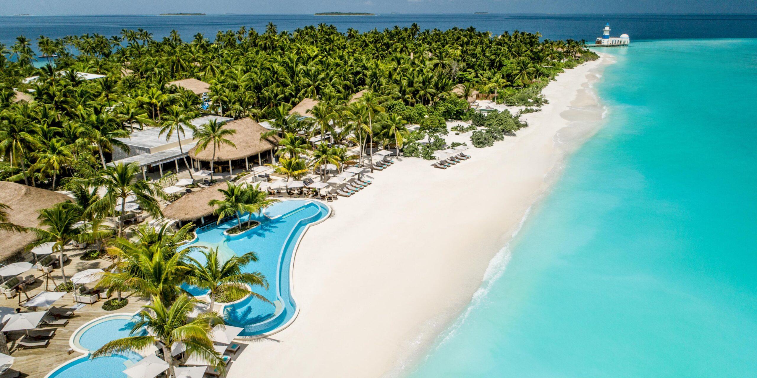 Мальдивы предложат желающим «прививочный туризм»