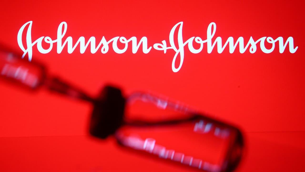 Вакцинация препаратом Johnson & Johnson остановлена. Что известно на данный момент