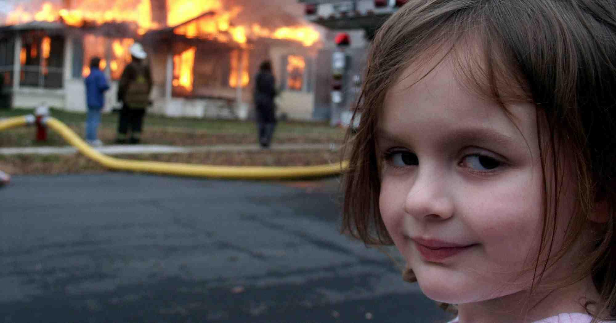 «Девочка-катастрофа» продала мем с собой за полмиллиона долларов