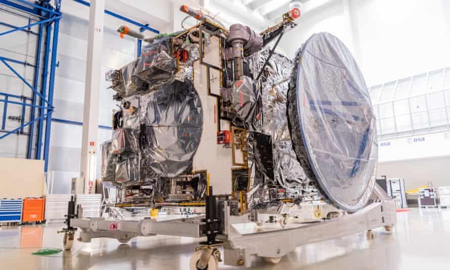 Космический корабль для поиска воды на спутниках Юпитера вышел на финальную стадию испытаний