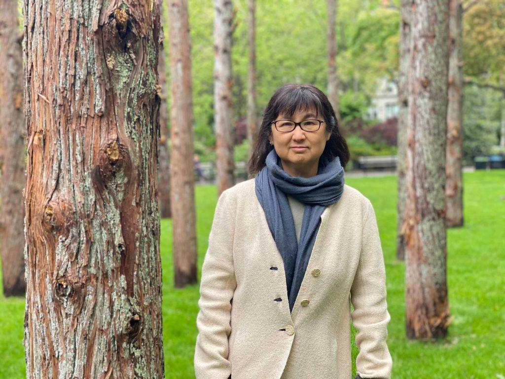 Майя Линь, автор инсталляции. Фото — Sarah Castone.
