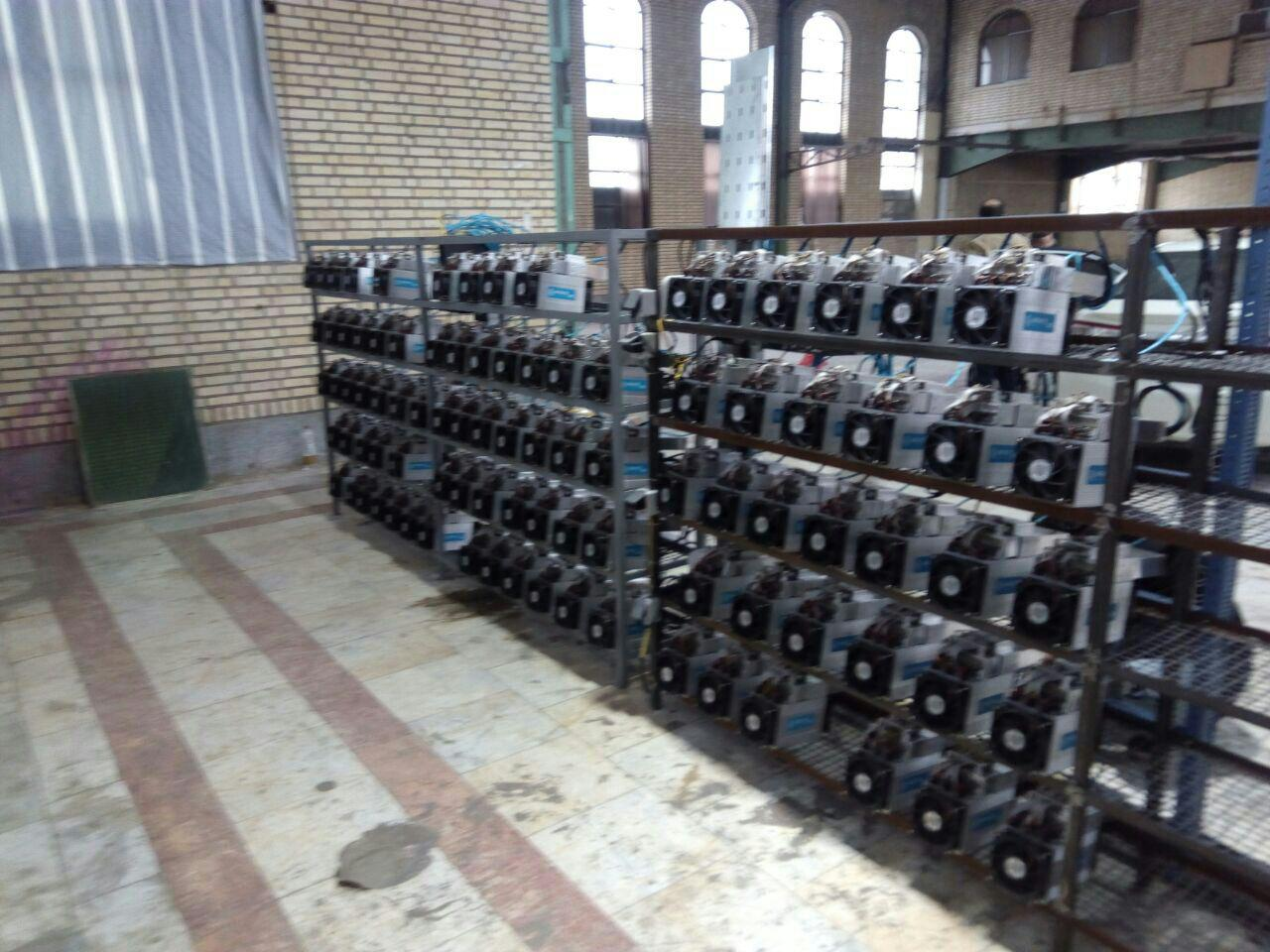 Со временем в Иране появились нелегальные майнинговые фермы, в том числе в мечетях, так как там бесплатная электроэнергия. Фото — Elliptic.