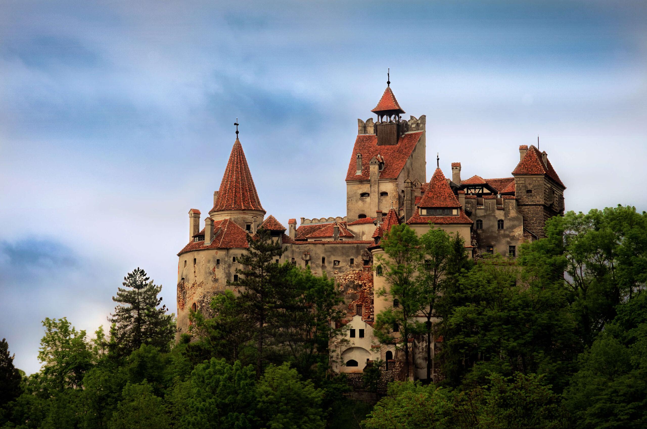 В замке Дракулы в Трансильвании открылся центр вакцинации от коронавируса